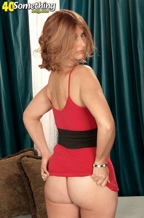 free nude pics of women over forty