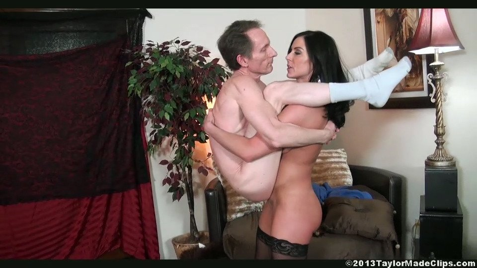 lift carry blowjob Tube Fellas - The biggest Lift carry sex movies collection!