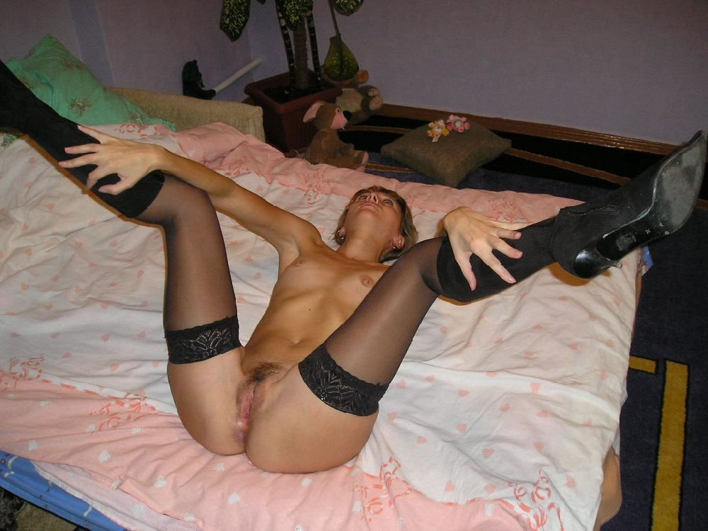 Long legs stockings high heels and pussy