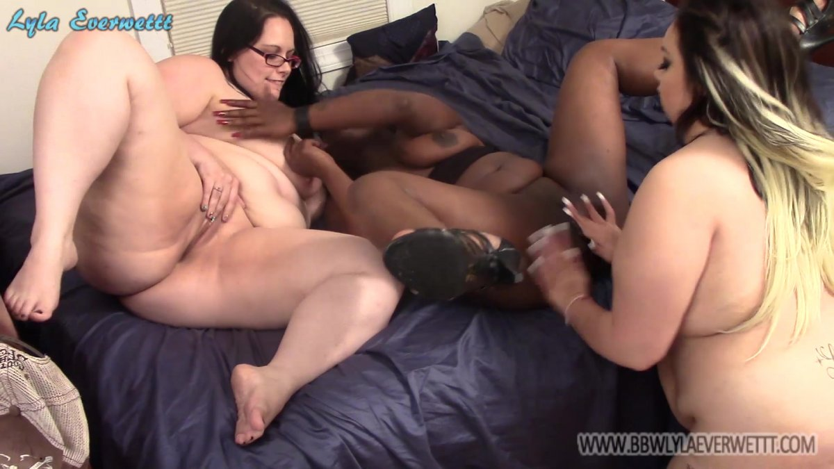 Ebony Bbw All Girls Orgies