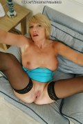 53 year old British gilf Amy fucks a ... (16 pics)