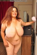 44 year old BBW milf Rosaly loves cle... (16 pics)
