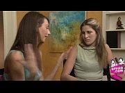 видео порно брат трахает сестру и сбивает целку