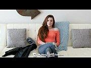 Phim sex Phá trinh em gái cực xinh