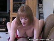 Mãe vagabunda seduzindo o seu filho