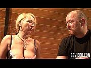 Секс русских зрелых женшин с молодыми парнями