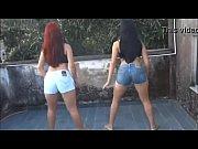 [爆乳]ポルノ女優が変な踊りを踊ってます!巨乳企画動画です。
