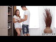 Порно видео парено отлизывает и девушки она отсасывает у него вальтом