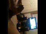 Скрытая камера дома за дочькой