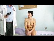 Mature woman Eva visits gyno doctor to get gyno mature exam, gyno exam Video Screenshot Preview