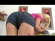 Ninfeta tarada fazendo porno com um jovem dotado