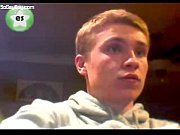 sweet guy wanking off on webcam