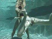 pod-vodoy-video-porno