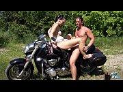 Sex Intens In Natura Pe Motocicleta Isi Satisfac Nevoile Sexuale
