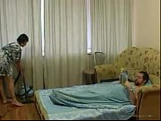 Picture Young Daughter cleaning the room gets fucked by o...