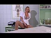 porno-video-dvoe-na-odnu-v-chulkah