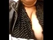 Пьяные бабы на девичники сосут хуй у стриптизера видео