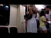 [盗撮]エスカレーターで危険なスカートめくり撮影を敢行!パンチラ盗撮動画です。 – 盗撮せんせい
