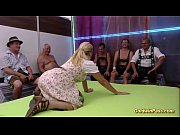 Порно ролики женское доминирование лизать киску