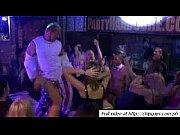 Сексуальные танцы парни