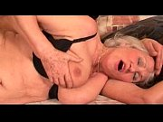 видео занятия любовью на кровати