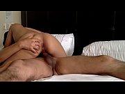 секс с раздеванием для начинающих 2 девки 1 пацан
