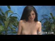 фигуристая женщина занимается порно