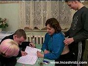 порнорусская женщина сидит на лице