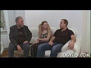 видео выебал невинную целку украинку