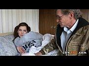 Молодой парень и зрелая женцина порно русское