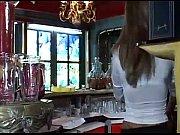 Ищу порно фильм с красивой блондинкой в розовом съедает сперму фото 540-348