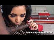 Девушка писает во время анального секса видео