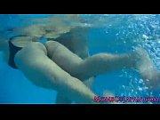 爆乳水泳インストラクターが教え子に次々逆レイプ