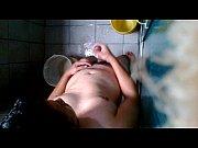 me masturbo en el baño – Gay Porn Video