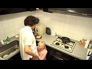 【熟女動画】ロシア人夫婦と変態チックなスワッピングパーティをしているお宝映像