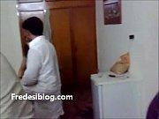 Desi Girl and Boy Enjoy in Hotel Room With Hindi Audio, desi geet sajanwa bairi huegay Video Screenshot Preview 3