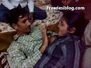 Desi Girl and Boy Enjoy in Hotel Room With Hindi Audio, desi geet sajanwa bairi huegay Video Screenshot Preview 4