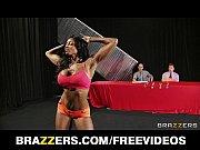 porno-video-v-fitnese-devushki