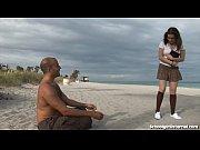Сперма парня на полвых губах любимой девушки видео