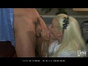 Пока муж пьян жена порется с садовником порно