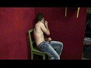 Молодая жена трахается на глазах своего мужа видео