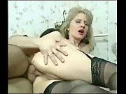 секс с пожелыми женшинами и сыновями