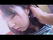 純粋な女子校生が下着を横にずらされおまんこを手マンされる個人撮影の無修正動画の無料エロ動画