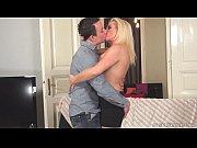 Французская семейная пара трахаться дома частное видео