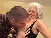 Зрелым кончают внутрь порно