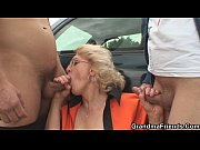 Picture Blonde granny double penetration in the fiel...