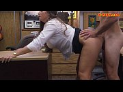 Amateur chick pounded by pawns