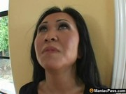 Picture Asian mom seduces hot gardener