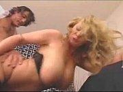 секс молодого мальчика со взрослой мамкой