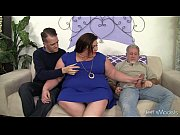 Picture Horny, chubby Bella Bendz gets her pussy double d...